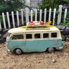 Beach Bus Decor