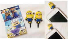 MINION EARPHONE JACK PLUSH