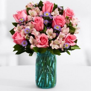 Gift her Flower bouquet on Easter morning